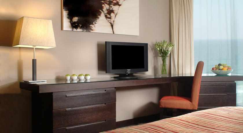פינת טלוויזיה מלון דניאל