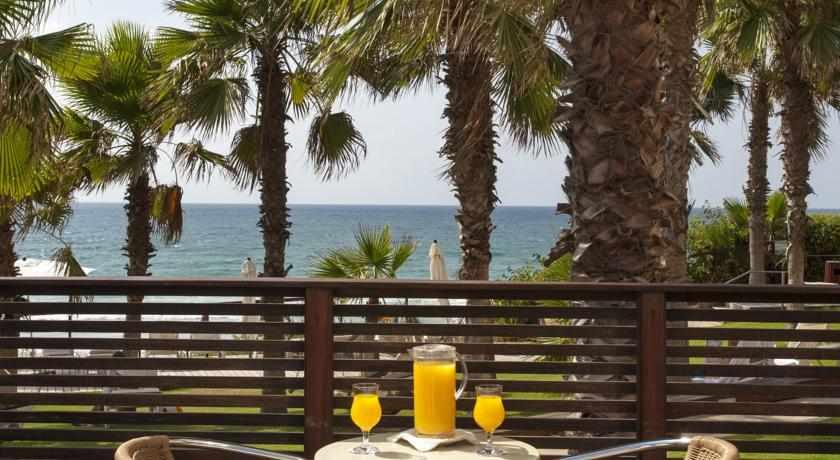 ארוחת בוקר על הים מלון דניאל