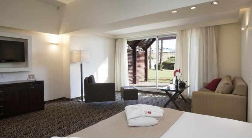 דירת גן מלון השרון