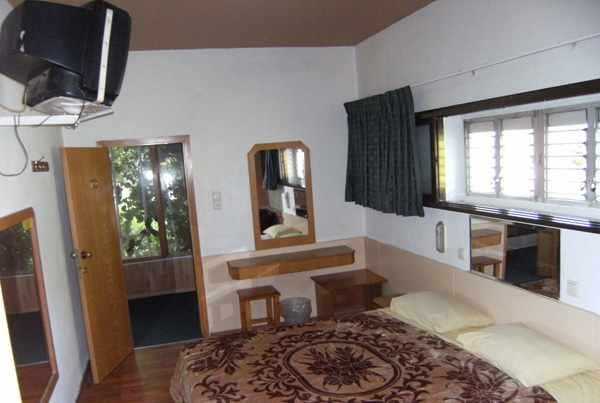 חדר מלון הולצמן
