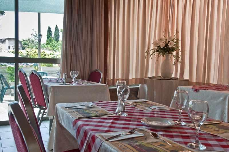 חדר אוכל 2 מלון תדמור