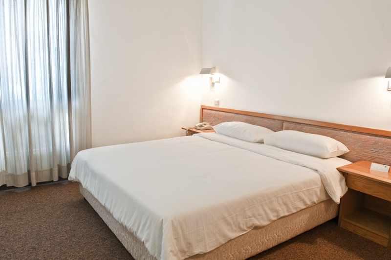 מיטה זוגית מלון תדמור