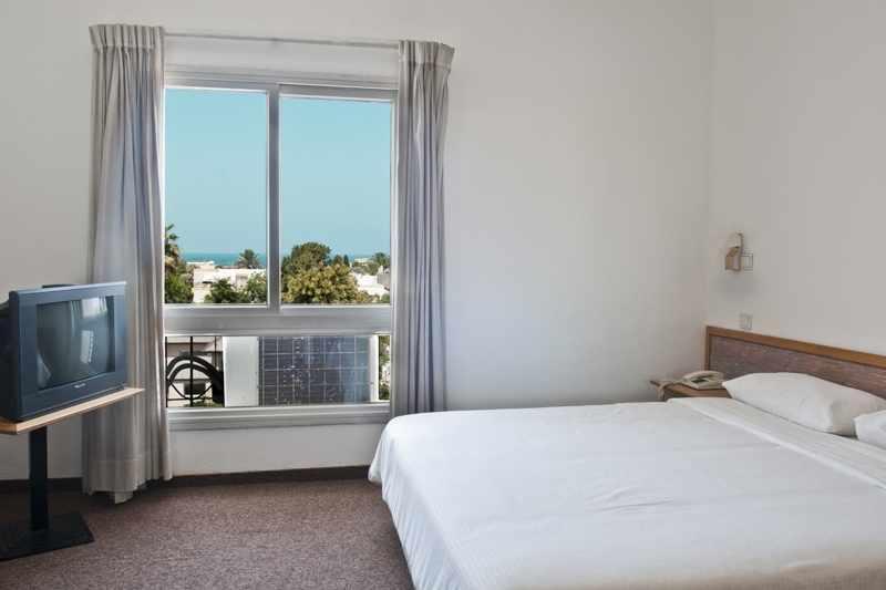 חדר זוגי עם נוף לים מלון תדמור